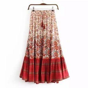 Dresses & Skirts - 💕boho floral skirt